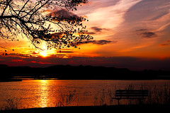 Sunset Silhouetted Park Bench (Gary.Lamprecht) Tags: camping river mississippi campground sunrisesunset backwaters