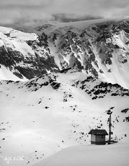 Lonely Outpost (Wipeout Dave) Tags: winter blackandwhite snow france mountains alps landscape alpine valthorens francais frenchalps mribel les3valles parcnationaldelavanoise