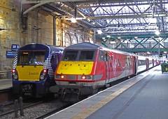 334 030 & 82217 - Edinburgh (scotrailm 63A) Tags: trains virgin railways vtec abellio