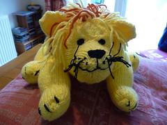 A lion for Leo (Martellotower) Tags: street hospital leo great lion knitted ormand