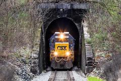 Solway Tunnel (Peyton Gupton) Tags: railroad train rail railway tunnel trains tunnels solway csx sd402 csxt