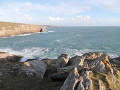 Randonne pdestre sur la cte sud du Cap Sizun - Plogoff - Finistre - Hiver 2016 (jeanyvesriou1) Tags: cliff coast hiking cte falaise rivage finistre randonne littoral plogoff lecapsizun