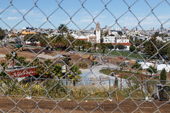 Mission District, San Francisco (silkylemur) Tags: sanfrancisco california park parque building skyscraper canon fence lens construction unitedstates traditional highschool mission missiondistrict fullframe dolores underconstruction canoneos dolorespark missiondolores zoomlens missionhighschool missionhigh llens 24105mm canonef canonef24105mmf4l canonef24105mmf4lisusm  eflens canonef24105mmf4lisusmlens traditionalbuilding efmount canoneos6d