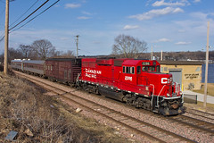 TEC Train (Trainboy03) Tags: pacific iowa canadian ia cp leclaire 2286