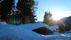 IMG_9502 (formobiles.info) Tags: panorama strada tetto neve bianca sole montagna sci paradiso terrazzo pordenone calda panna cioccolata piancavallo aviano bellissimo pieno soffice cumulo innevata cumuli pulita spiovente lucernari nevischio instagram