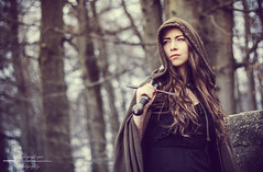 Sword Maiden (Klingenfnger) Tags: portrait woman girl canon woods bokeh outdoor availablelight portrt medieval fantasy portraiture sword cloak frau wald schwert mittelalter umhang eos50d ausenaufnahme