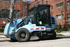 Chicago Street Sweeper (niureitman) Tags: chicago illinois april streetsweeper chicagoillinois 2016 streetsandsanitation april2016