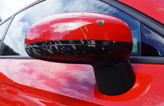 Audi A1: WILD at HEART (H2O74) Tags: auto red wild black detail rot car rouge mirror rojo noir close mud sale spiegel details negro mirrors rearviewmirror voiture dirty dirt coche fotos espejo carro cerca a1 s1 splash audi rood rosso schwarz barro nahaufnahme schmutz retrovisor espejos dreck schlamm matsch saleté suciedad boue rückspiegel automobil sucio sline espejoretrovisor spritzer sauerei misano proche dreckig miroirs schmutzig verschmutzt outsidemirror zweifarbig chapoteo éclaboussure ausenspiegel misanored misanorot verspritzt h2o74 schlammspritzer espejosdecoche delespejoretrovisor