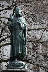 DSCF7475 (Manu @ Lille) Tags: statue fuji gent gand xt1 xf50140mm