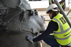 Restoration work (Matt From London) Tags: london painting restoration wax quadriga constitutionarch wellingtonarch varnish hydeparkcorner englishheritage highvis