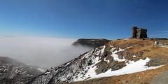 Foggy Cabot tower pano (Alick Tsui Photography) Tags: newfoundland stjohns signalhill cabottower alicktsuiphotography