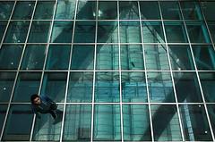 ... tra ... (pamo67) Tags: boy verde pool up lines reflections glasses shadows under piscina ombre fromabove human among su shoppingcenter division parallel azzurro riflessi perpendicular sotto tra between vetri transparencies ragazzo geometria pavimento centrocommerciale trasparenze glassfloor linee parallele umano divisioni dallalto dasopra perpendicolari humaningeometry pamo67 pasqualemozzillo