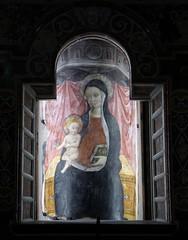La Madonna della Colonna (fotomie2009) Tags: italy italia arte madonna liguria sacra age duomo middle della medievale colonna cattedrale ligure medioevale savona