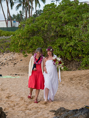 Here comes the bride.jpg (sophie.frederickson@att.net) Tags: wedding usa hawaii events places hi states wailea