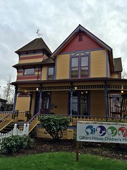 Gilbert House Children's Museum | Salem, OR (eg2006) Tags: house tower architecture victorian oldhouse childrensmuseum victorianhouse gilberthouse salemoregon