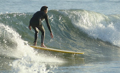 surfer (marianodearriba) Tags: mar surf playa ola claromeco