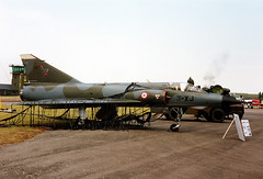 Mirage IIIE (Rod Martins Photography) Tags: france june scans mirage 1994 portes stored 564 chateaudun ouvertes frenchairforce iiie
