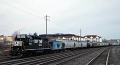 NS 5661 GP38-2 & CR Caboose 21267 (Conrail1978) Tags: railroad train dusk ns norfolk engine loco class caboose southern pa hershey sou cr unit conrail 2791 emd gp382 5661 21267 n21