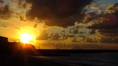 Tramonto di fine settembre (angelo0690) Tags: light sunset red sea italy volcano evening la harbor tramonto mare smoking porto calabria italie vulcano sud stromboli sera tropea grazia allaperto calabre parghelia