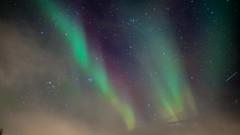 Northern Lights Timelapse (haz_fenrir15) Tags: green norway night canon lights timelapse long exposure dancing aurora nordic scandinavia northern borealis 14mm samyang 60d t31