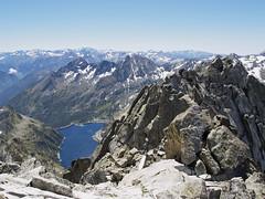 Widok z Pic Neouvielle na Lac cap de Long