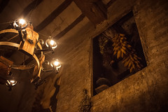 El Caracol (palm z) Tags: españa spain medieval alicante mercado bodega posada caracol mercadillo mazorca villena panocha mazorcas panochas lámapara