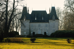 Soleil d'hiver (Catherine Reznitchenko) Tags: old windows winter sky sun house france building green castle art history nature beautiful stone architecture forest canon wow garden season outdoors soleil countryside daylight seaside ancient europa europe day mood shadows hiver country jardin atmosphere 100v10f vert structure jour architectural arbres histoire normandie manor schloss maison normandy extérieur château forêt castelli manoir castillos ancien ombres elegance urbex élégance architectureinpixels 3000v120f extérieurs canonfrance theworldofarchitecture ashotadayorso castlespalacesmanorhousesstatelyhomescottages europeonflickr flickrclickx
