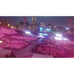 Yokohama Stadium. Sotsugyou omedetou @neco_mina #高橋みなみ卒業コンサート