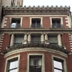 NYC_W74_323_001 (TNoble2008) Tags: cornice 1896 quoins materialbrick cheneau materialstone columnengaged styleionic architectcphgilbert