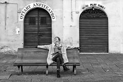 Play Time (carlo tardani) Tags: bw donna lucca siesta toscana bianconero pisolino panchina blackandwhitephotos piazzadellanfiteatro nikond800 bestportraitsaoi ottartanfiteatro vitaplaytime