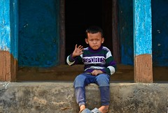 Nepalese kid in Bandipur (Antonio Cinotti ) Tags: nepal nikon asia bandipur d7100 nepalesekid nikon1685 nikond7100 nepalroutes