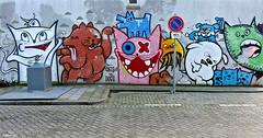 Rotterdam Street art : LASTPLAK, DOOD KONIJN & KBTR (Akbar Sim) Tags: streetart holland netherlands graffiti rotterdam nederland sake pinwin oles lastplak rotjeknor catsvsdogs roffa kbtr oxalien diekat akbarsimonse doodkonijn akbarsim