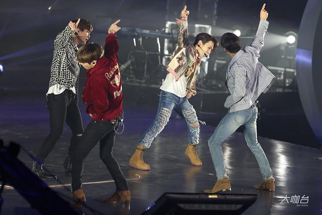 160329 SHINee @ 2016 KU Asia Music Awards' 26193540195_82fab68fa6_z