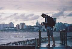 Burke at Montevideo (Nando.uy) Tags: portrait film skyline analog 35mm uruguay nikon kodak retrato 400 series f3 montevideo 500 portra vivitar f28 135mm hasselbad nandouy