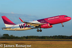 HA-LYG | Airbus A320-232 | Wizz Air (james.ronayne) Tags: beautiful plane canon airplane raw bright aircraft gorgeous air jet sunny aeroplane sharp airbus stunning pax 100400mm luton a320 jetliner wizz ltn a320232 70d eggw halyg