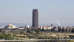 Sevilla, Torre Pelli. (Jorge Lama Moral) Tags: sevilla andaluca torre skyscrapper pelli