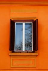 Sighisoara Window 10 (PM Kelly) Tags: street travel windows light orange abstract color colour art window ventana one 1 romania frame sighisoara