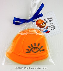 Hard Hat with BCCH Sunshine logo with custom tag (Cookievonster) Tags: branding corporategifts corporatecookies