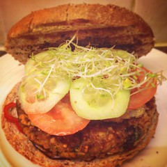 My home made veggie burger #food #veggie #veggies #burger #homecooking #foodlovers #fresh #taste #vegetables #vegetable #dinner #dinnertime #iphone #foodart #instagram #kitchen #picoftheday (Iliyan Yankov) Tags: square squareformat hudson iphoneography instagramapp uploaded:by=instagram