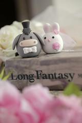 Donkey and bunny MochiEgg wedding cake topper (charles fukuyama) Tags: wedding rabbit egg donkey lapin   baudet weddingcaketopper cutebunny    claydoll handmadecaketopper animalscaketopper rabbitcaketopper mochiegg