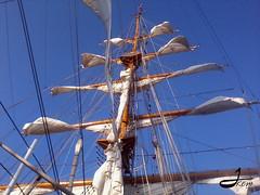 ARC Gloria (johannakcm) Tags: sunshine arc gloria buque calor