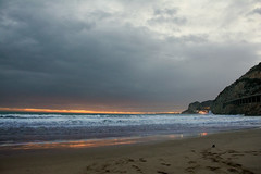Puesta de sol en las costas del Garraf,Barcelona (Angeles h) Tags: paisaje nubes catalunya puestadesol