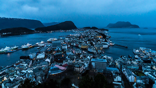 Ålesund at dawn