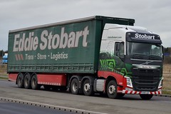 Stobart H4275 KN15 UZC Heather May at Goole 22/12/15 (CraigPatrick24) Tags: road truck volvo cab transport lorry delivery vehicle trailer logistics goole stobart eddiestobart heathermay curtainsider volvofh stobartgroup stobartcurtainsider h4275 kn15uzc