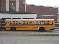 2005 IC RE - Owensboro Independent 1205 (Seasonal Spectacular) Tags: schoolbus owensboro icre owensboroindependent