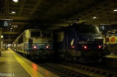 BB 8592 et 27305 (bb_17002) Tags: paris station train gare centre railway montparnasse chartres idf sncf ter bb8500 bb27300 vo2n