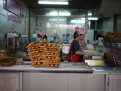(tsienni) Tags: life city morning travel food girl shop breakfast asian asia chinese taiwan lifestyle stall daily taipei      republicofchina