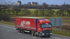 YH63 XLK (panmanstan) Tags: truck wagon mercedes motorway yorkshire transport lorry commercial vehicle freight m62 haulage whitley hgv actros curtainsider