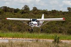 Plainando (Centim) Tags: cidade brasil nikon foto br interior mg fotografia avião estado américadosul país sudeste d90 aeronave município pistadepouso continentesulamericano