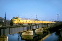 UP E9 960 (Chuck Zeiler) Tags: railroad bridge up train locomotive e9 chz 960